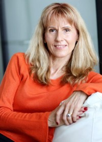 MWD 033: Helping Women Embrace Midlife and Beyond with Louise Armstrong